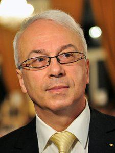 Adrian Molnar: Situaţia chirurgiei cardiovasculare pediatrice în România este dificilă, suntem într-un moment de răscruce