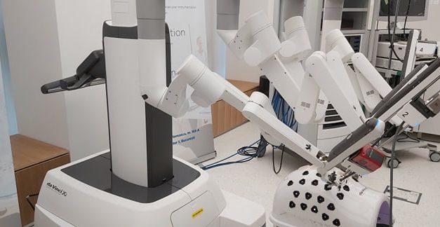 Chirurgia robotică, cea mai avansată formă de chirurgie minim-invazivă