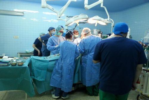 Premieră mondială în chirurgia cardiacă