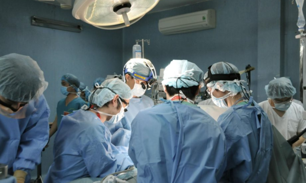 Coronavirus: Japonia a realizat primul transplant pulmonar de la donatori vii